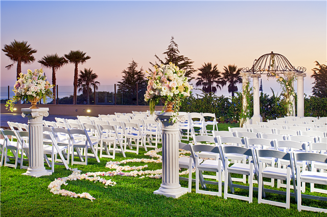 Lucky 13: Hilton Weddings