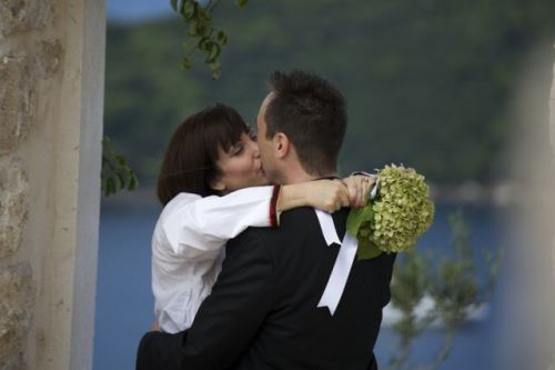Dubrovnik-Wedding-Kiss-2